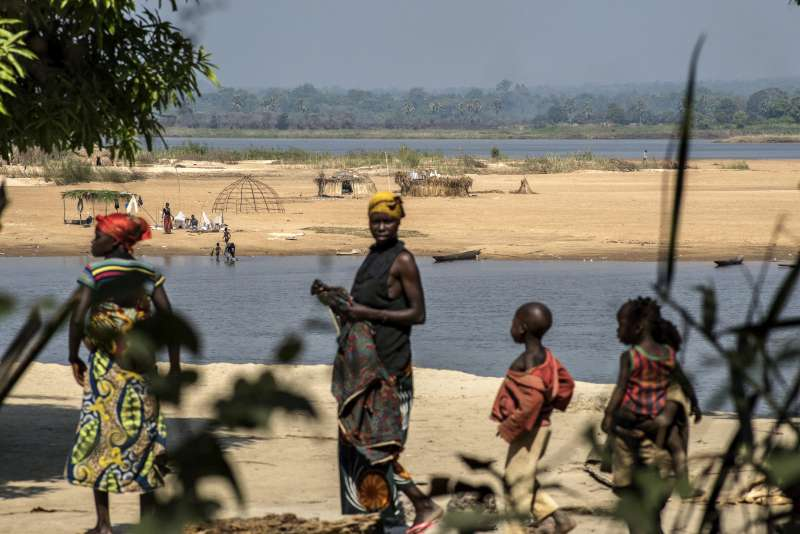 Fresh violence displaces almost 50,000 people in Central African Republic
