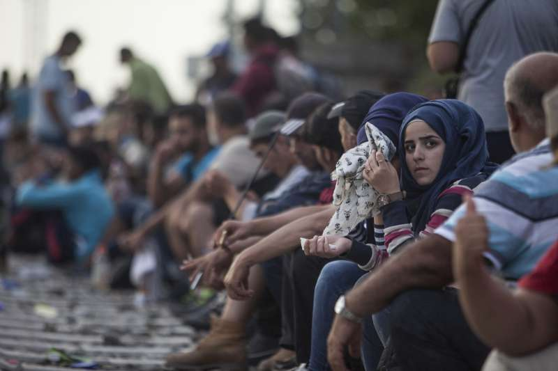 low priced 4a1ac 55dc5 UNHCR concerned at reports of sexual violence against refugee women and  children