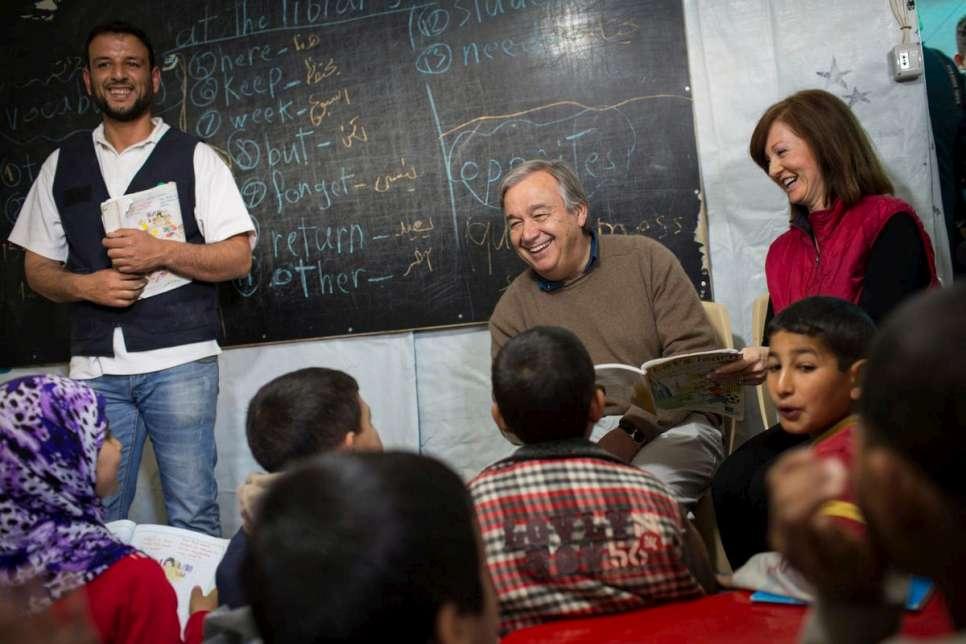 Lebanon / Syrian Refugees / UN High Commissioner for Refugees Antonio Guterres meets with Syrian refugees in the Fayda informal tented settlement in the Bekaa Valley, Lebanon, on Friday 14 March 2014. / UNHCR / A. McConnell / March 2014
