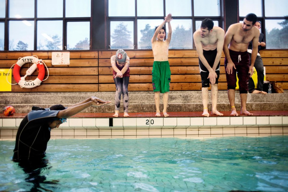 Norway. Swimming lessons for refugees