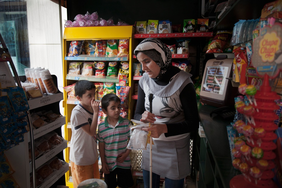 "The young boys help their mother, who is blind, with the grocery shopping. The eldest, Mohammad, feels compelled to assume the role of ""man of the household""."