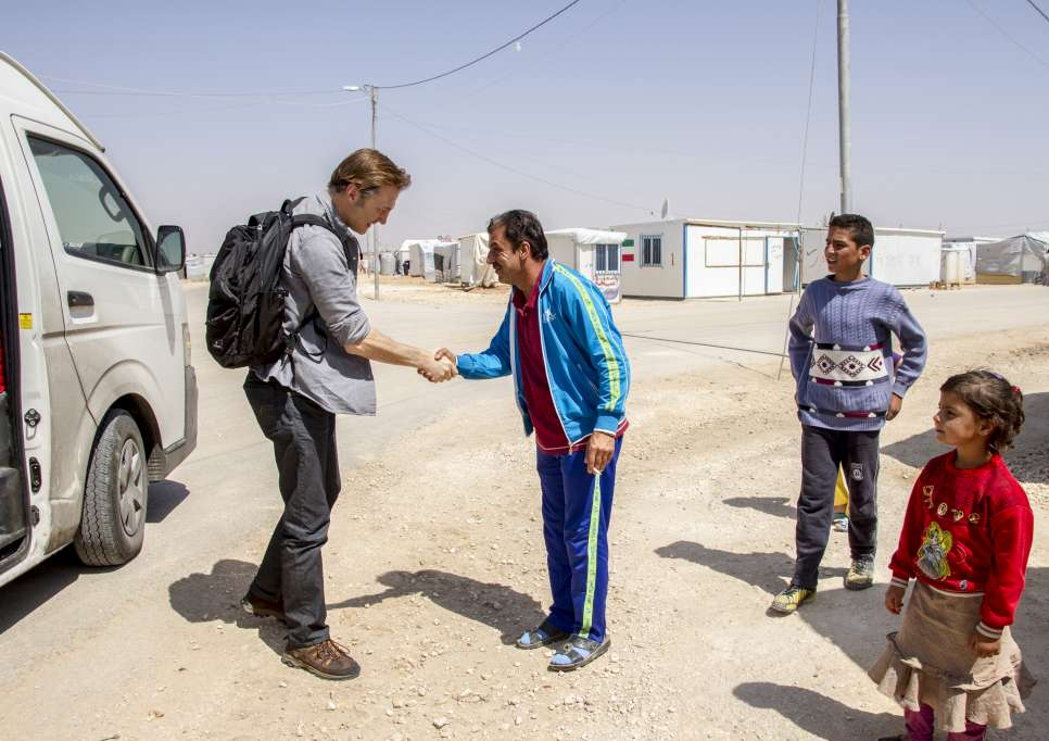 David Morrissey UNHCR High profile supporter meets with Mohammad, a Syrian refugee and former professional footballer