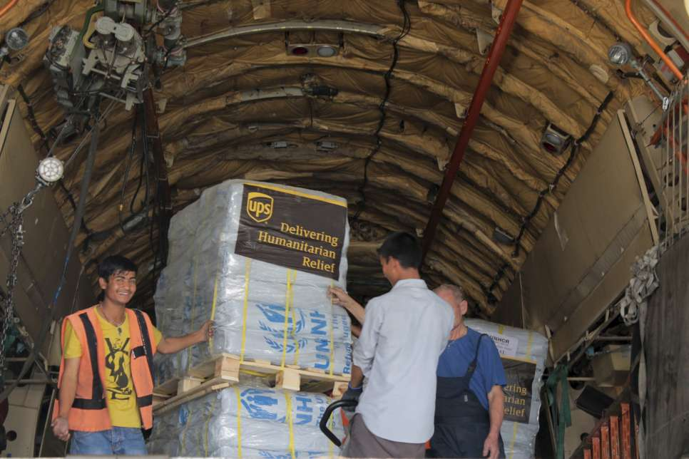Nepal / Earthquake aftermath / The arrival and off-loading of the UPS air cargo at Kathmandu airport / UNHCR / Deepesh Das Shrestha / May 2015