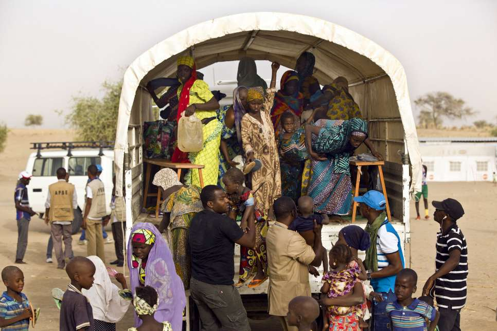 Nigerian refugees arrive in Sayam Forage camp after leaving Gagamari settlement, located along Route Nationale 1, where they stayed for several months with limited assistance.