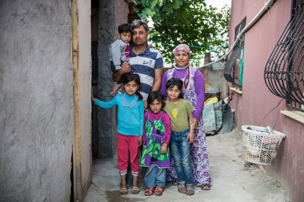 Mohammed, 37 and Firdos, 25, from Aleppo, live with their children in accommodation provided by Levent Topçu.