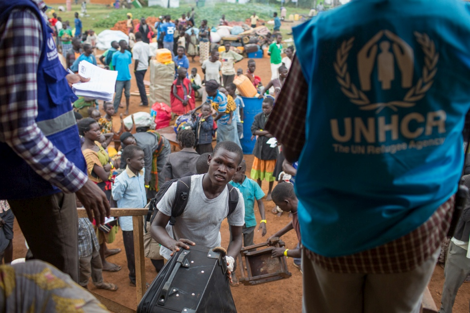 Refugees from South Sudan arrive in Northern Uganda