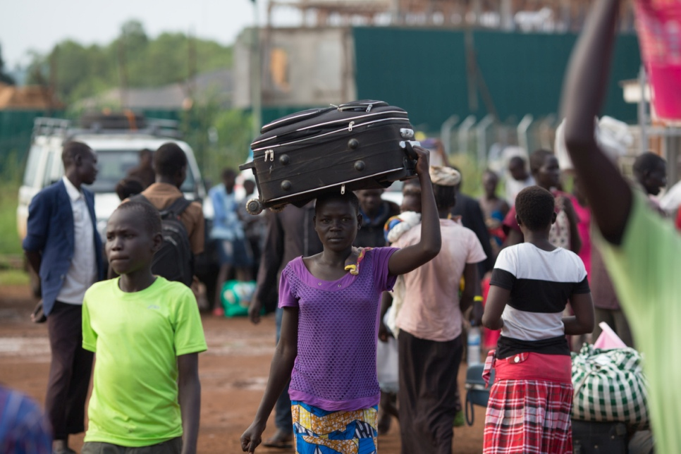 Flight across border achingly familiar for some South Sudan families