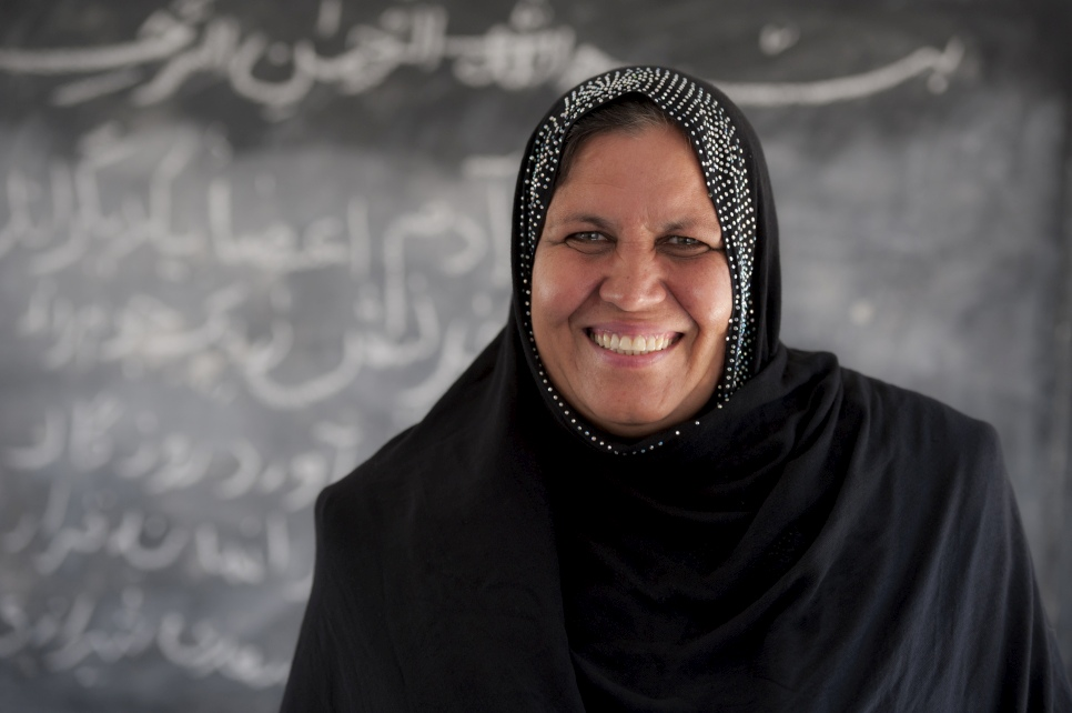2015 - Aqeela Asifi was awarded for her indefatigable efforts to help refugee girls access education. She has changed the lives of hundreds of young refugees. Aqeela Asifi, an Afghan refugee living in Pakistan, has been named the 2015 winner of UNHCR's Nansen Refugee Award. Asifi has dedicated her adult life to educating refugee girls. Despite minimal resources and significant cultural challenges, hundreds of girls have now passed through her school, equipped with life-long skills and brighter hopes for their futures.