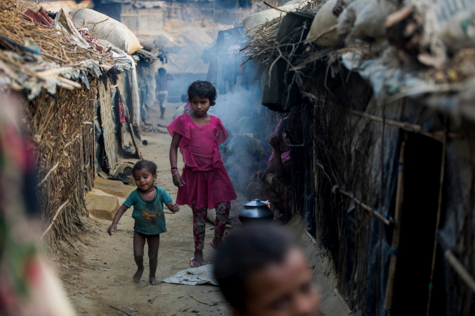 Bangladesh. Rohingya refugees displaced by violence in Myanmar