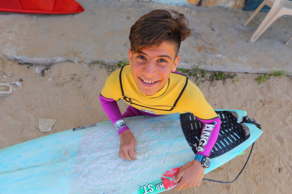 Lebanon. Syrian surfer finds refuge in the waves