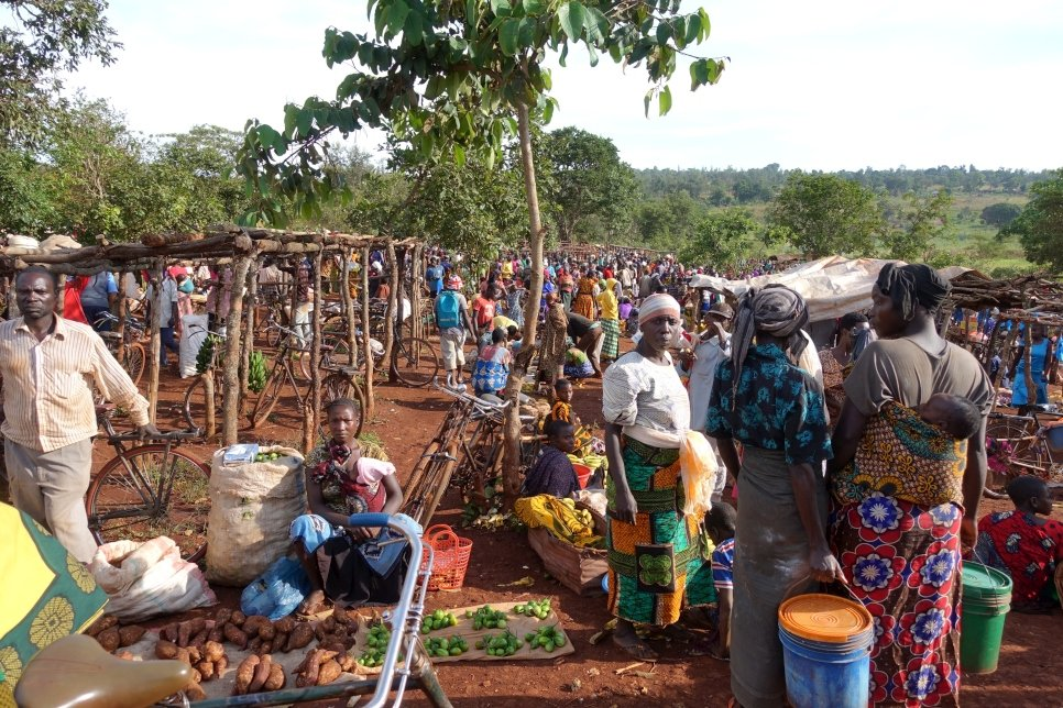 A common market for both refugees and host communities at Mtendeli Refugee Camp, Kigoma Region, Tanzania, April 2017.