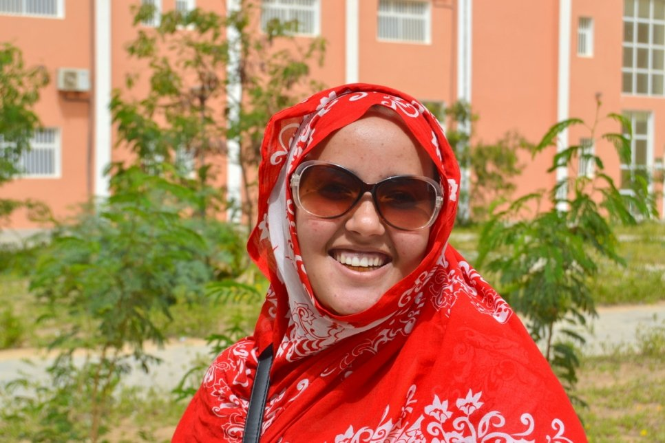 DAFI scholarship puts Malian refugee girl on the road to university