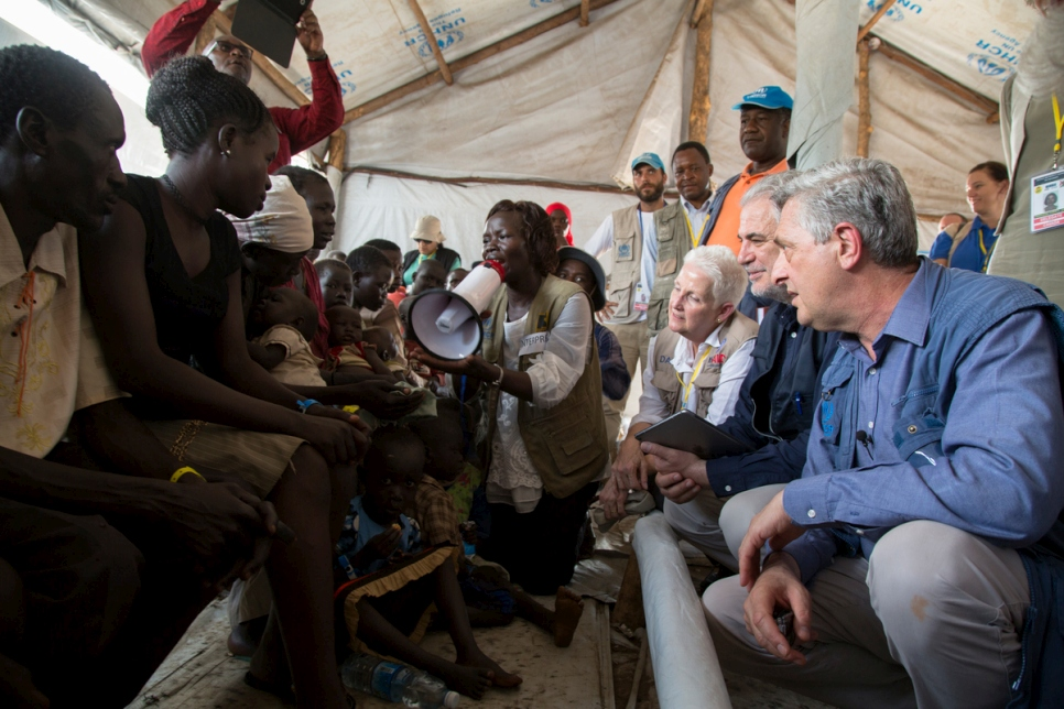 Uganda. UNHCR Chief visits refugee settlement in northern Uganda as Solidarity Summit on Refugees kicks off