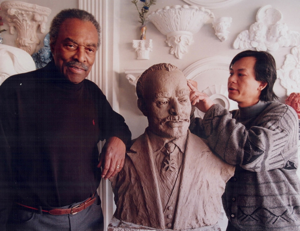 Trung Pham creates a bust of Lincoln Alexander, Ontario's first black Lieutenant Governor.