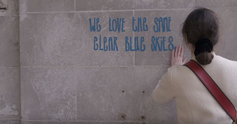 WATCH British artist Kate Daudy discusses visiting refugee c&s with UNHCR and how she has visualised her experience on the streets of New York. & UNHCR - Artistu0027s words and colour transform Syrian refugee tent
