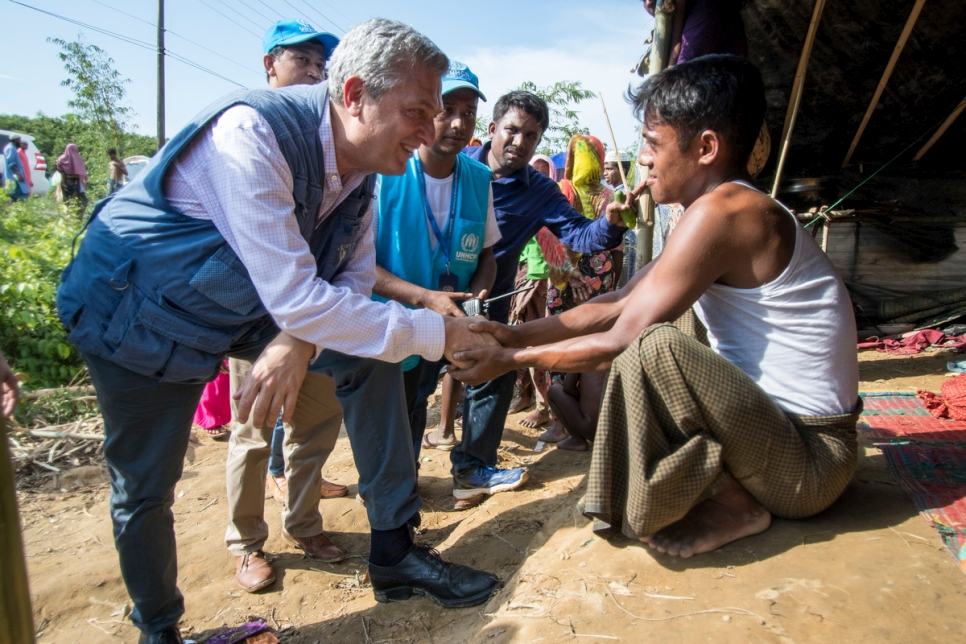 Bangladesh. UN High Commissioner for Refugees visits Rohingya camps