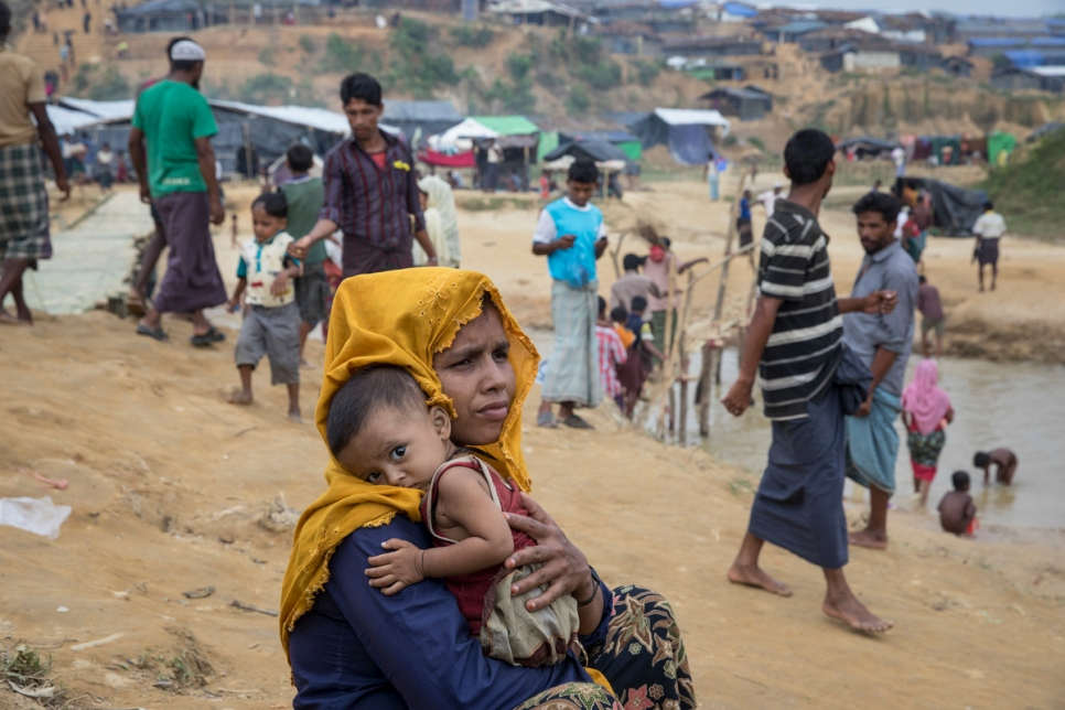 Bangladesh. Desperation and heavy rains blight Rohingya refugees