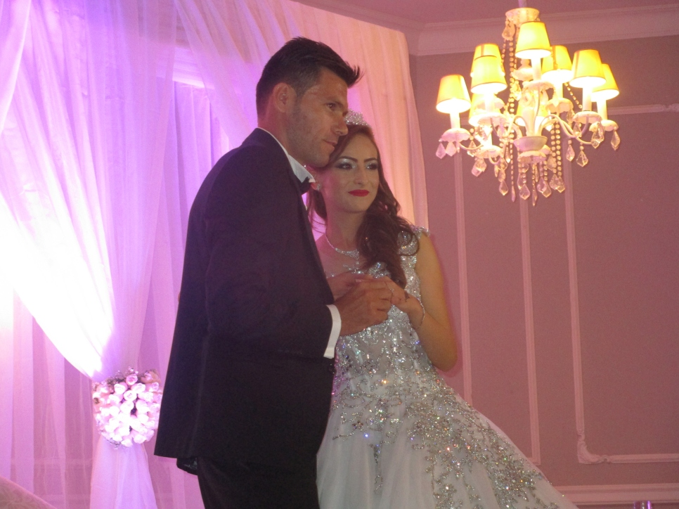 Syrian Refugee Ties The Knot In Tunisia