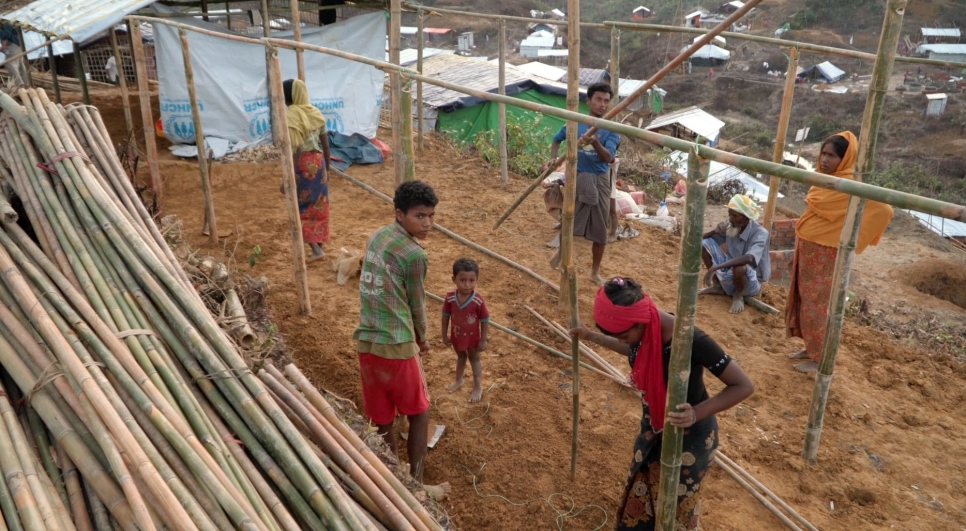 Bangladesh: As monsoons loom, Rohingyas race to set up shelter