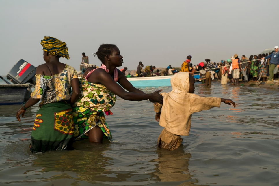 Uganda. Newly displaced Congolese refugees in Sebagoro UNHCR emergency centre