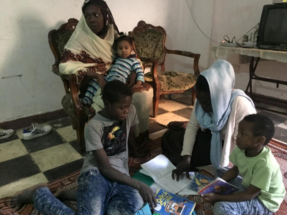 Egypt. Sudanese refugee pursues dreams in Cairo school