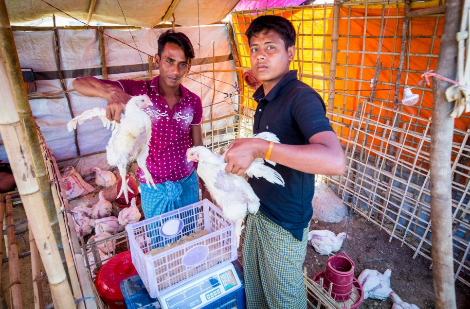 UNHCR - Rohingya traders cater to all needs in Bangladesh