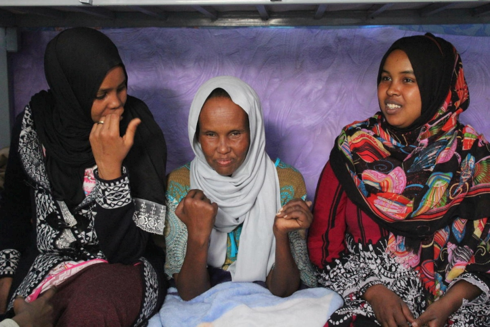 Niger. Tortured Somali mother reunited with sons