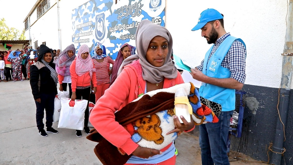 Libya: Refugee women being evacuated from Tajoura detention centre
