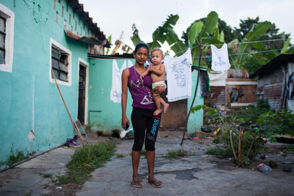 Mexico. Central American families escaping violence