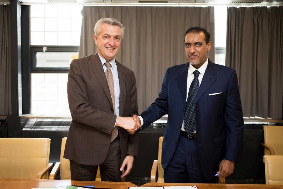 Switzerland. UNHCR signs agreement with Qatar Charity.