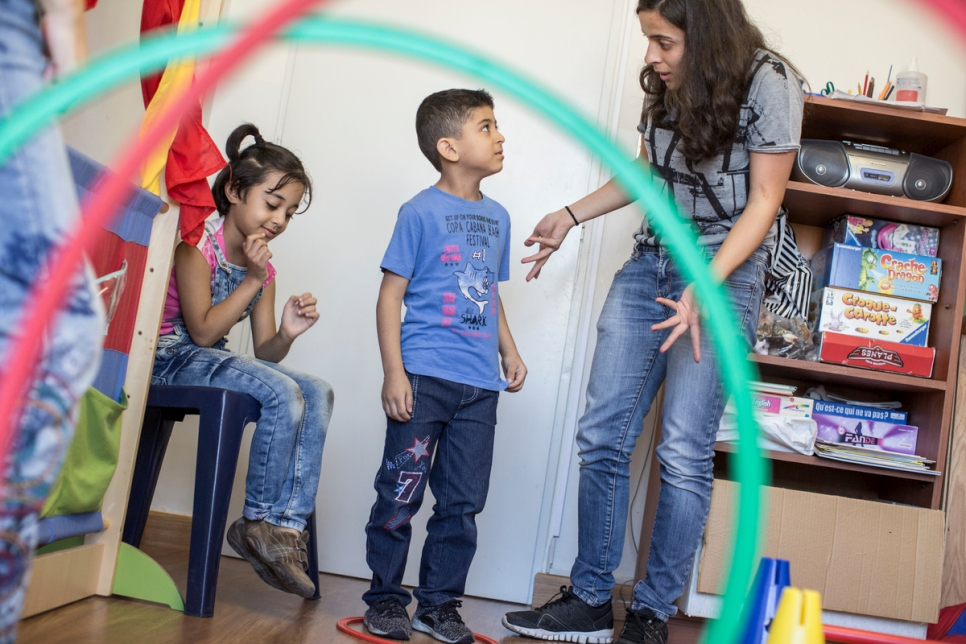 Lebanon. Therapy helps Syrian family cope with trauma of war