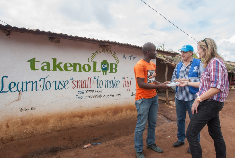 Malawi. Microsoft connectivity Project in Dzaleka Refugee Camp
