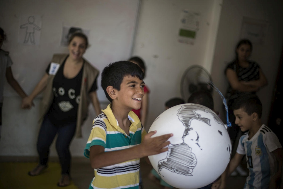Lebanon. Young Iraqi copes with autism with UNHCR support