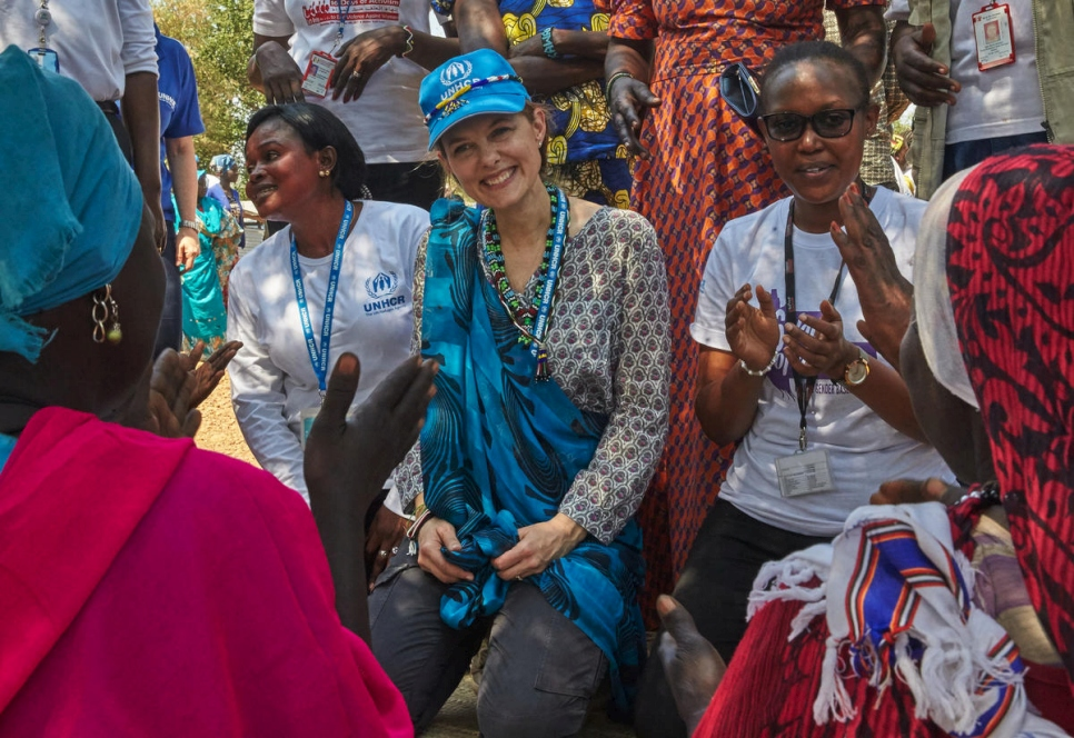 UNHCR Patron, HRH Sarah Zeid of Jordan, meets with a women's group at Doro refugee camp in South Sudan.