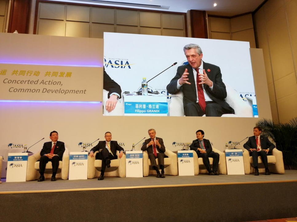 China. UN refugee chief connects with Chinese companies at Boao Forum