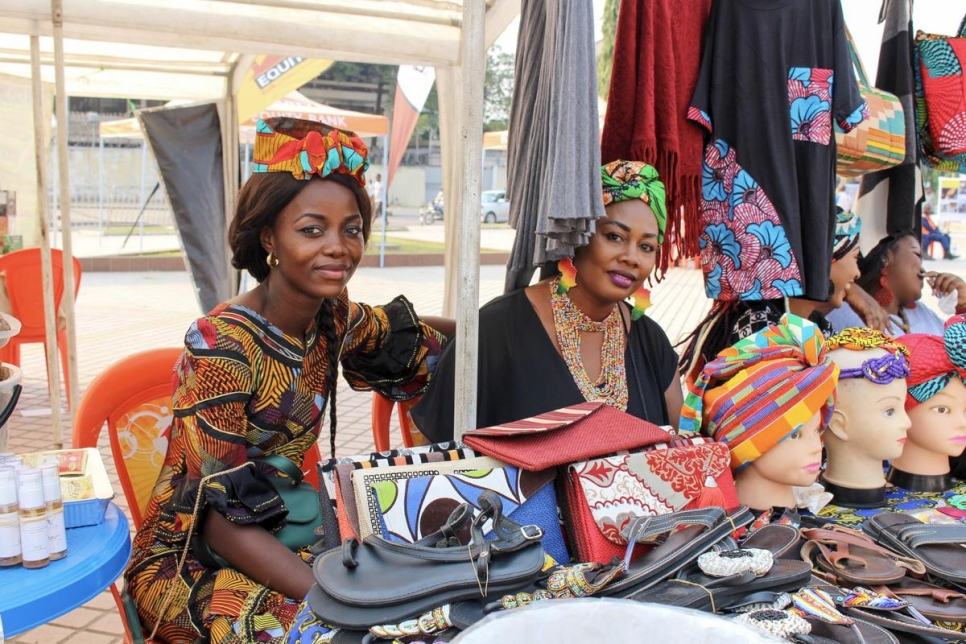 Democratic Republic of Congo. Urban refugee entrepreneurs setting up a market for World Refugee Day in Kinshasa.