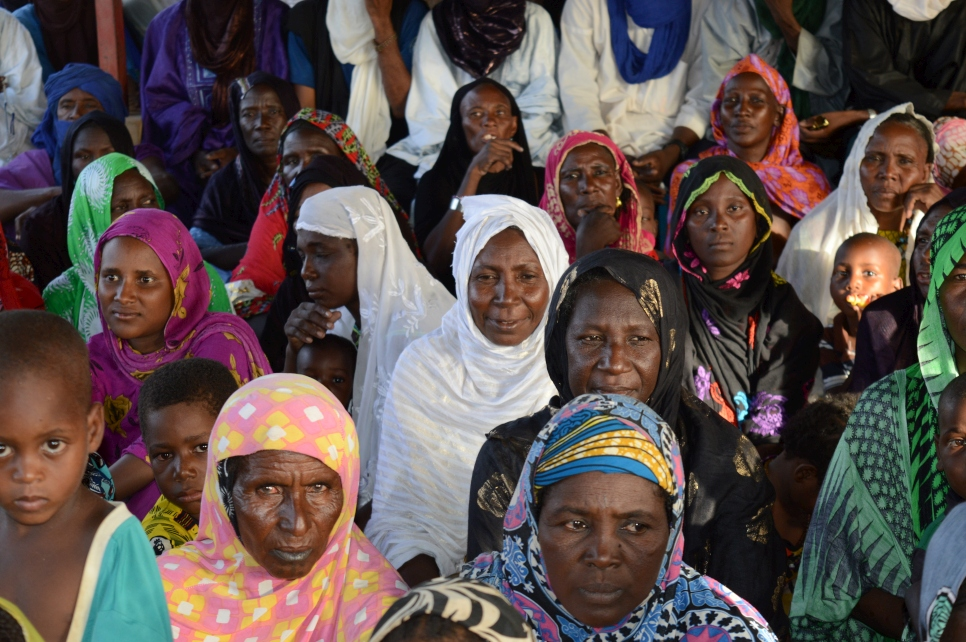 Refugee women met with the Ministry of Foreign Affairs and UNHCR, before World Refugee Day festivities kicked off in Goudouba camp, Burkina Faso.