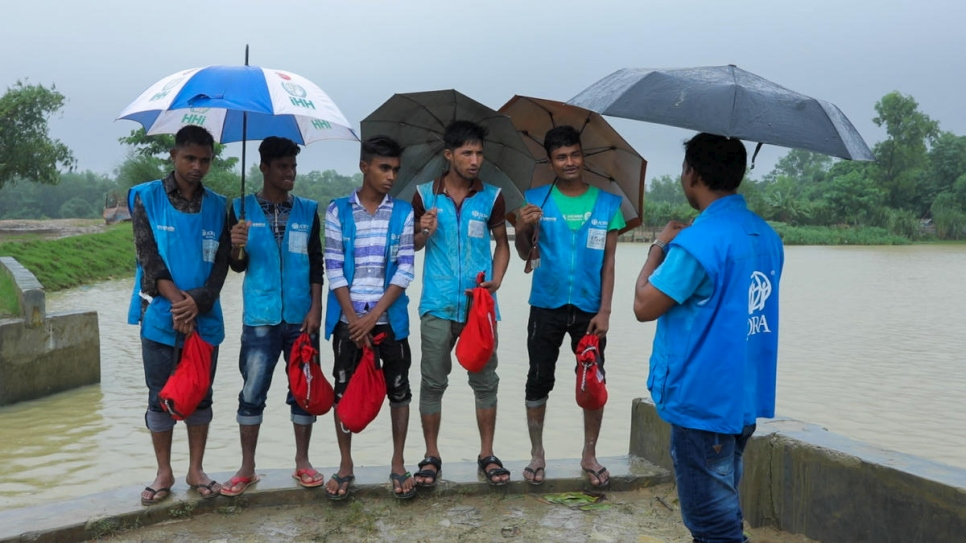 Bangladesh. Emergency monsoon training helps to save lives in the Rohingya refugee camps of Cox's Bazar