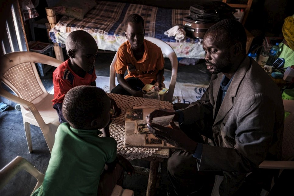 Ethiopia. South Sudanese teacher sets sights on university for his children