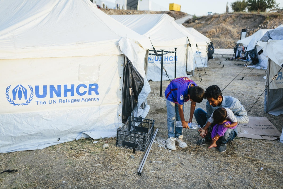 Greece. UNHCR ramps up support after fire destroys Moria reception centre.