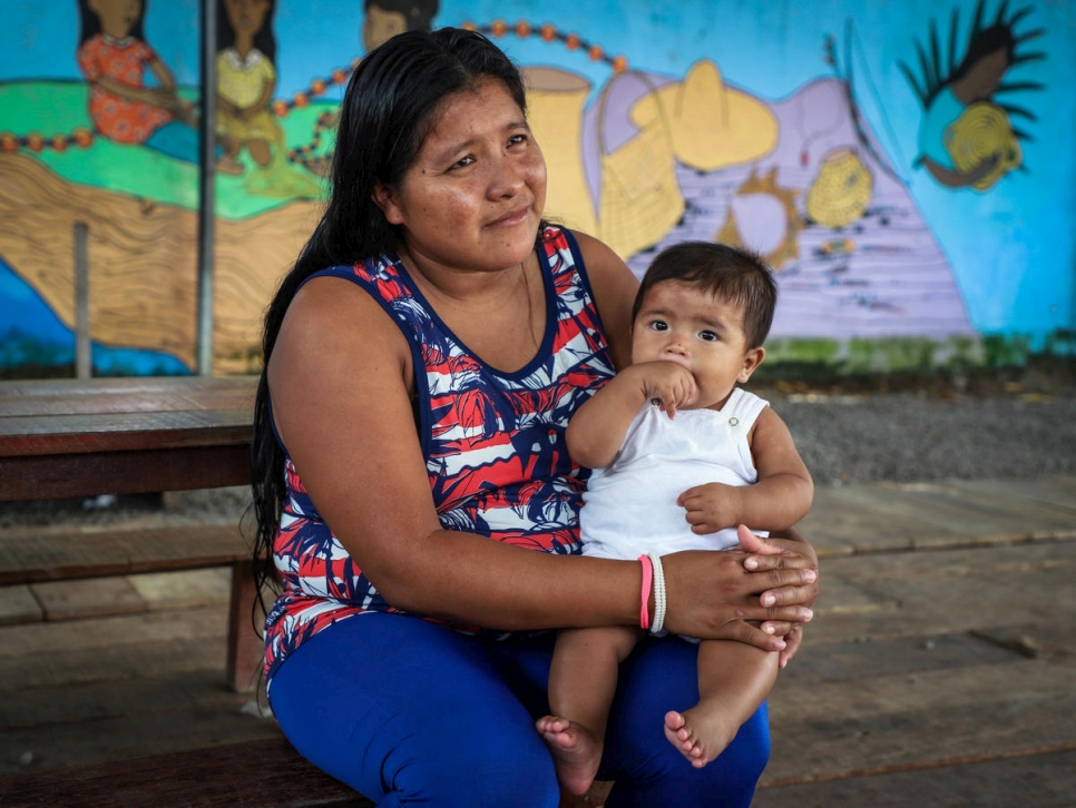 Brazil. Indigenous Warao mother recovers from coronavirus
