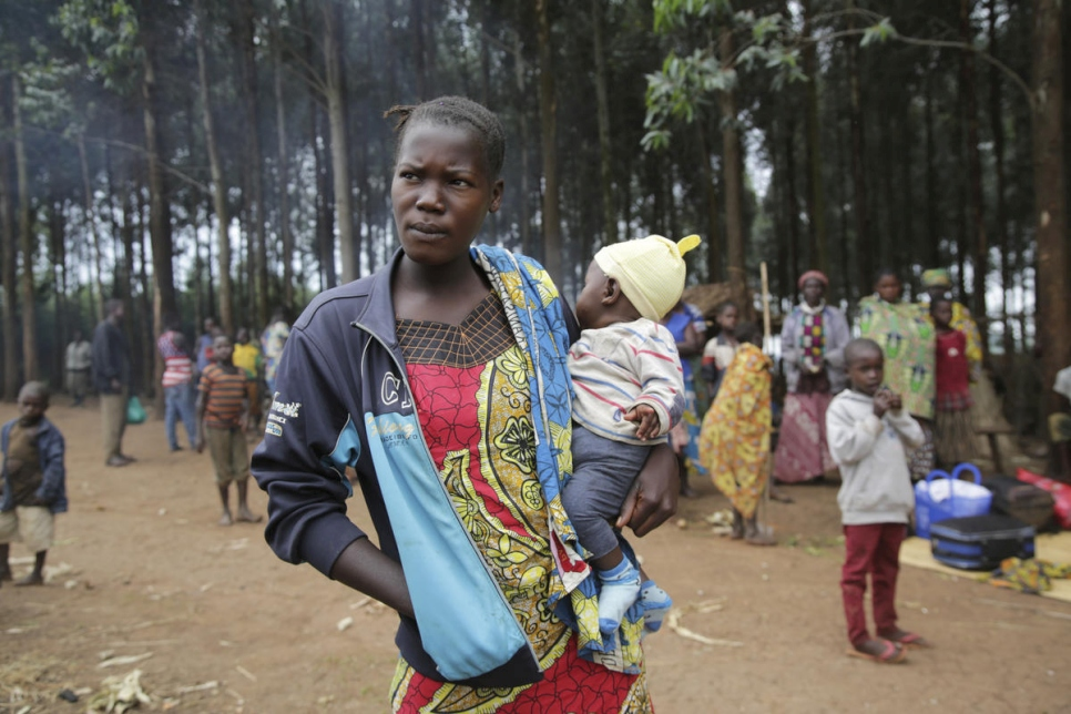 Uganda. Borders opened to thousands fleeing Congo violence