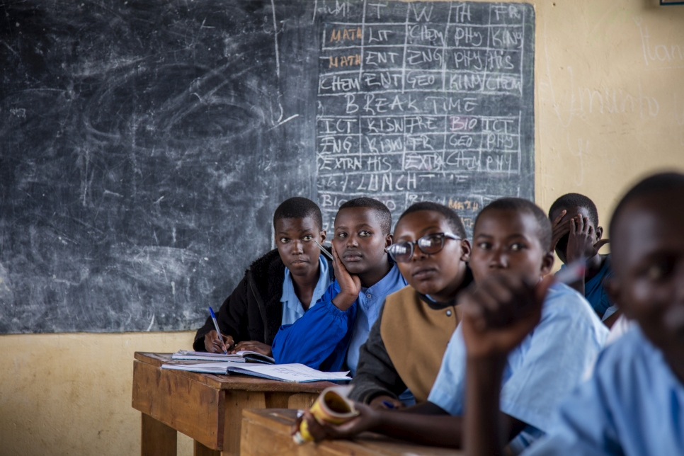 UNHCR– Education for all refugee children is within reach – finds World Bank-UNHCR report