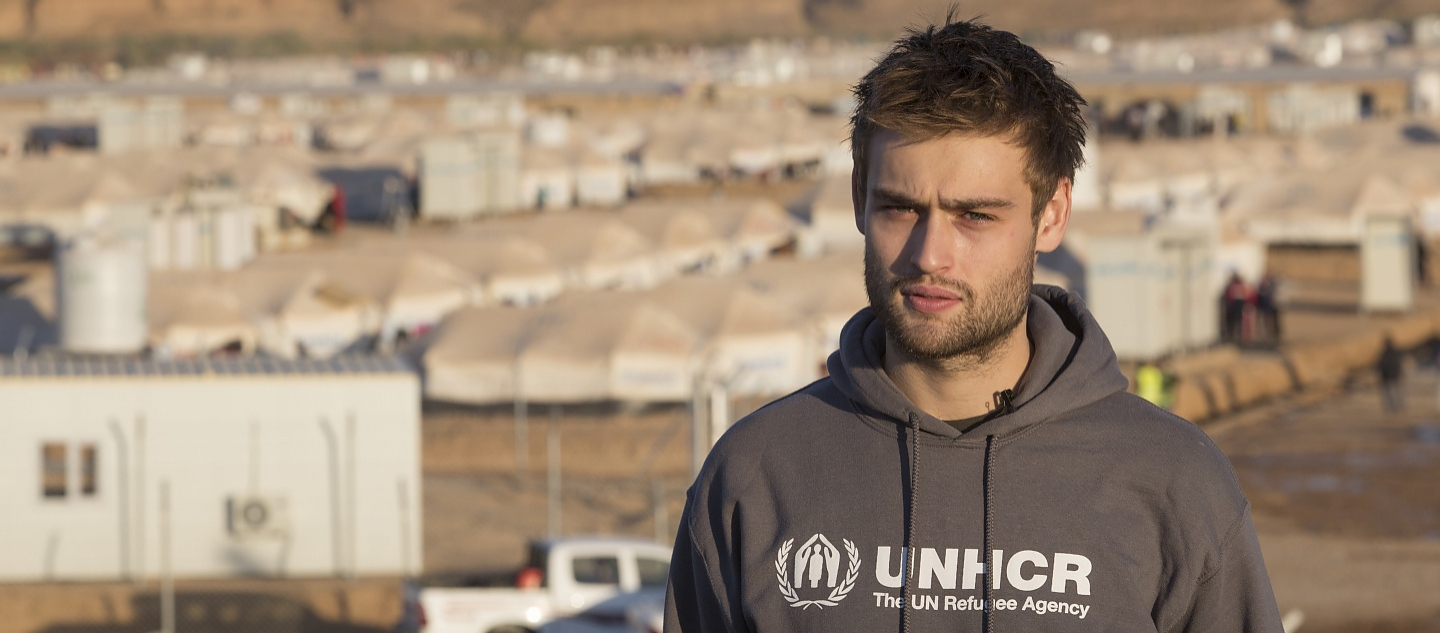 Iraq. UNHCR Supporter Douglas Booth in Hasansham IDP camp for Iraqis fleeing Mosul