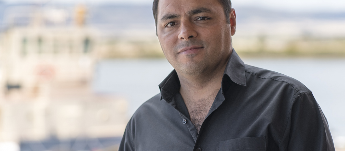 Saeid Safavi had a prosperous business in Iran and a happy life. After refusing to work for the Iranian Government, he fled and sought asylum from Australia by sea in 2001. His brother was arrested and jailed six months after Saeid fled.