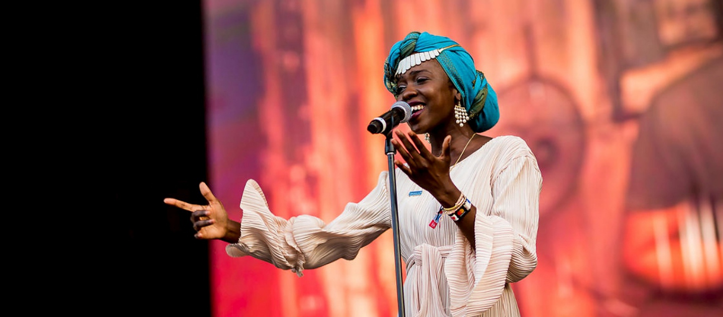 Slam poet and UNHCR Goodwill Ambassador Emi Mahmoud  performs at the Sziget Festival in Hungary.