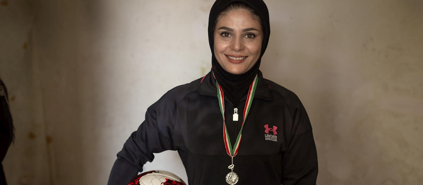 Iran. Sports coach helping Afghans back to school wins Nansen regional prize