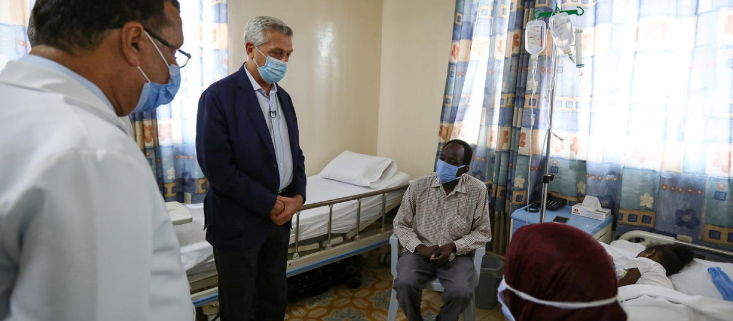 Jordan. UN High Commissioner for Refugees visits hospital in Amman