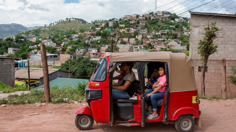 Communities such as La Era in Tegucigalpa city are in constant danger of gang violence.