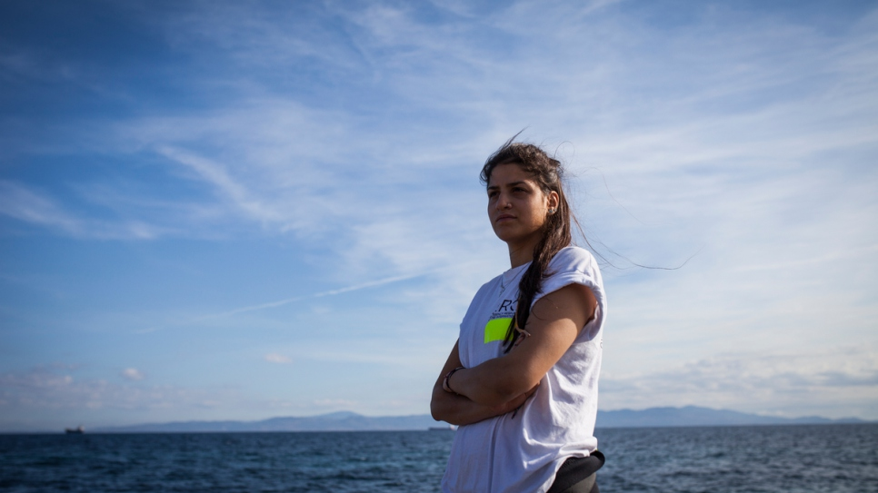 Syrian refugee uses swimming skills to rescue others
